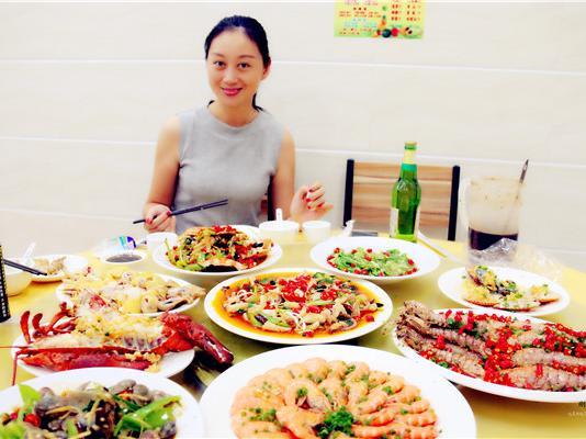 刚被美女主播发现的三亚海鲜餐厅