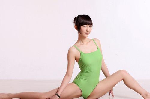女性的形体瑜伽该当奈何来纯熟