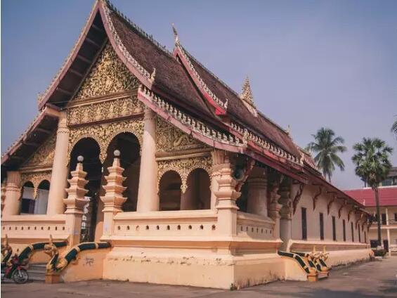 欧洲人最喜欢的东南亚国家,在昆明坐辆大巴就能到
