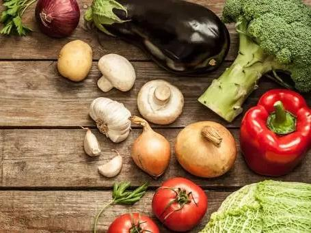 蔬菜为何容易产生有害亚硝酸盐?警惕中毒!