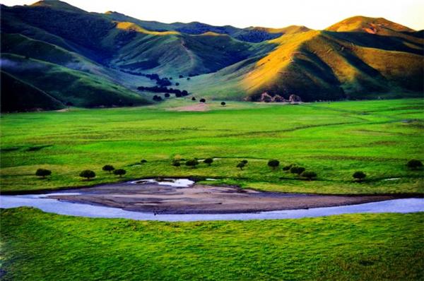 一路向北到内蒙,吟一曲草原牧歌,观一场云卷云舒
