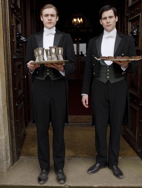 从 唐顿庄园 看欧洲贵族的用餐礼仪 唐顿庄园 以礼仪统天下的欧洲权