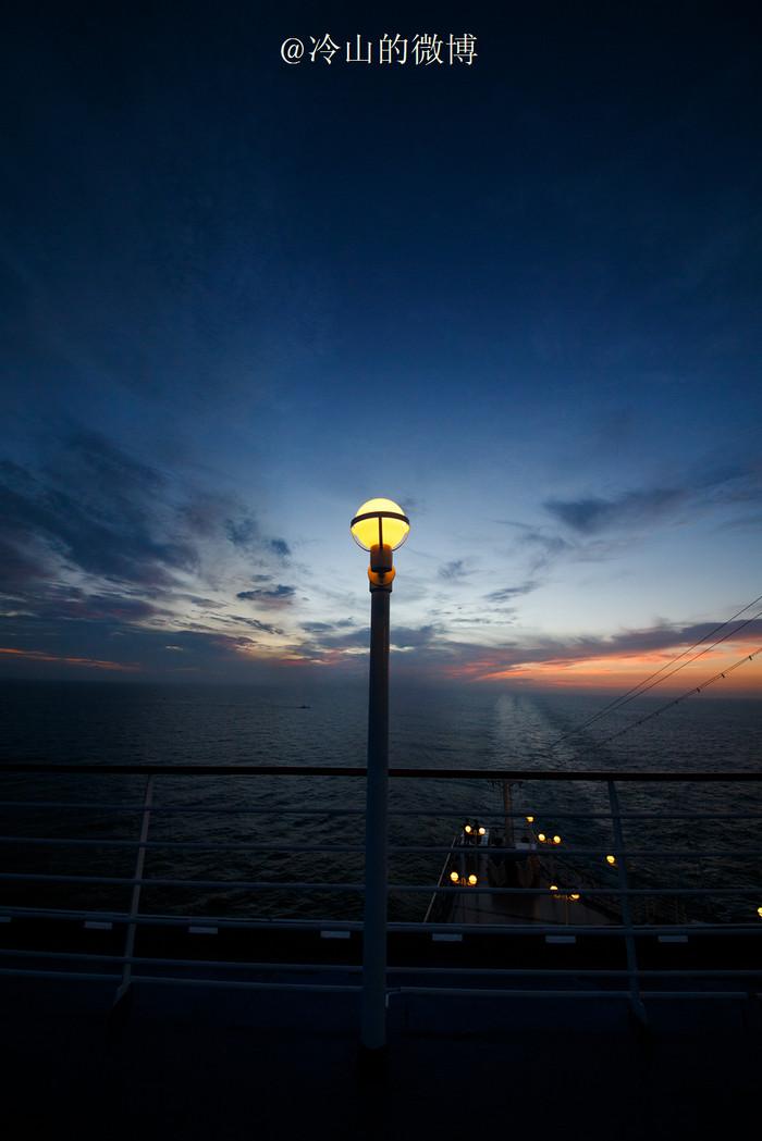 蓝宝石公主号,看东海绚烂日出