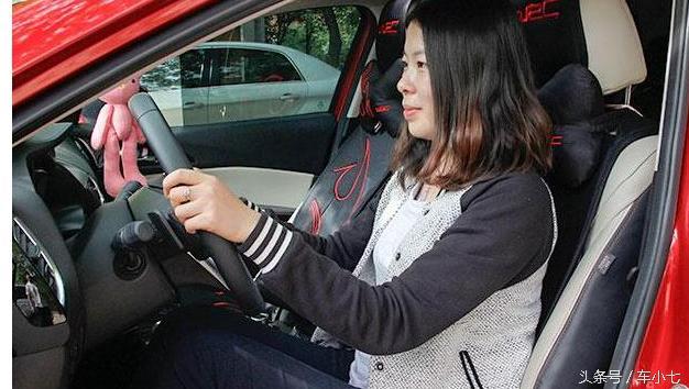 伤人伤油又伤车的不良驾驶习惯,99%的人都在做!