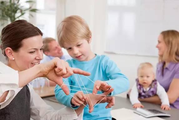 看看国外幼教专家建议怎么挑选幼儿园!图片