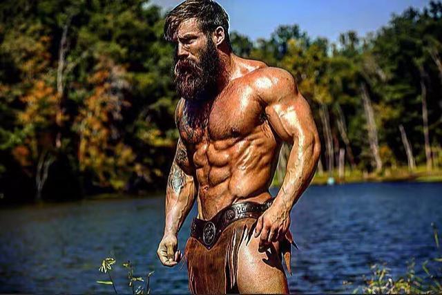 健身者故事:致敬钢铁之躯,强壮到全世界都给你让