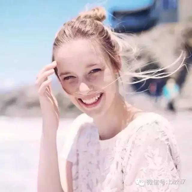 欧美女生微笑表情头像大全图片