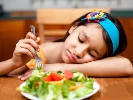"""""""没胃口,不想吃饭""""原来是这些你不知道的原因"""