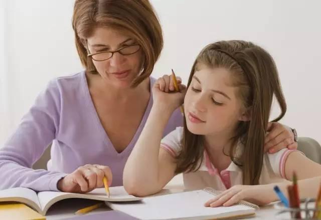 杨澜: 最有效的教育就是让孩子看到父母如何做人