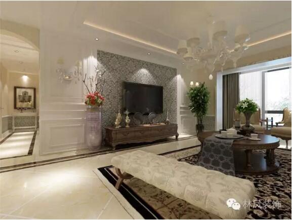 客厅 电视背景墙采用白色墙板,搭配壁灯,马士革风格壁纸,同时采用图片
