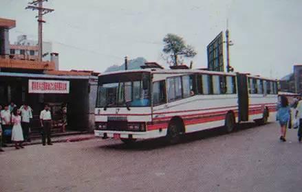 """""""黔灵""""牌大客车-从第一辆公交车到 水上公交 ,细数贵阳公共交通高清图片"""