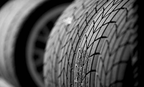 看花纹代码是否与轮胎花纹对应