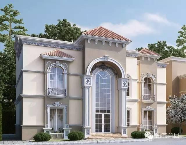 这就是欧式别墅风格,跟目前农村建房子简欧式类似但