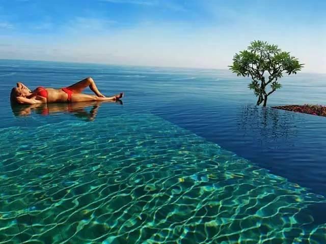 巴厘岛丨蓝梦岛 掉进一片碧海蓝天里,享受海景下午茶!