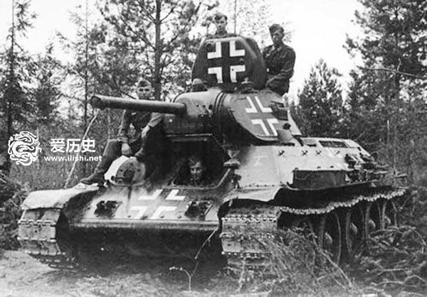 """昨天关于二战德军缴获苏联坦克进行作战,有些网友表示这是""""假新闻"""",今天我们就继续说说德军缴获苏联坦克作战的那些""""假新闻"""".图片"""