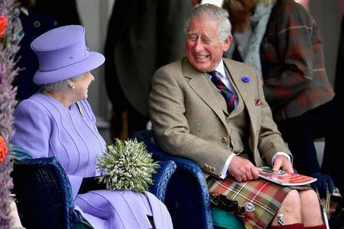 英女王出席2016年苏格兰高地运动会