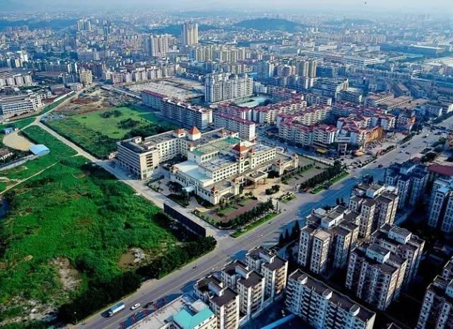 东莞人口最多的镇_东莞长安人口分布图