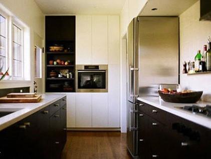 case1:壁橱和嵌入式家电为厨房腾空间图片