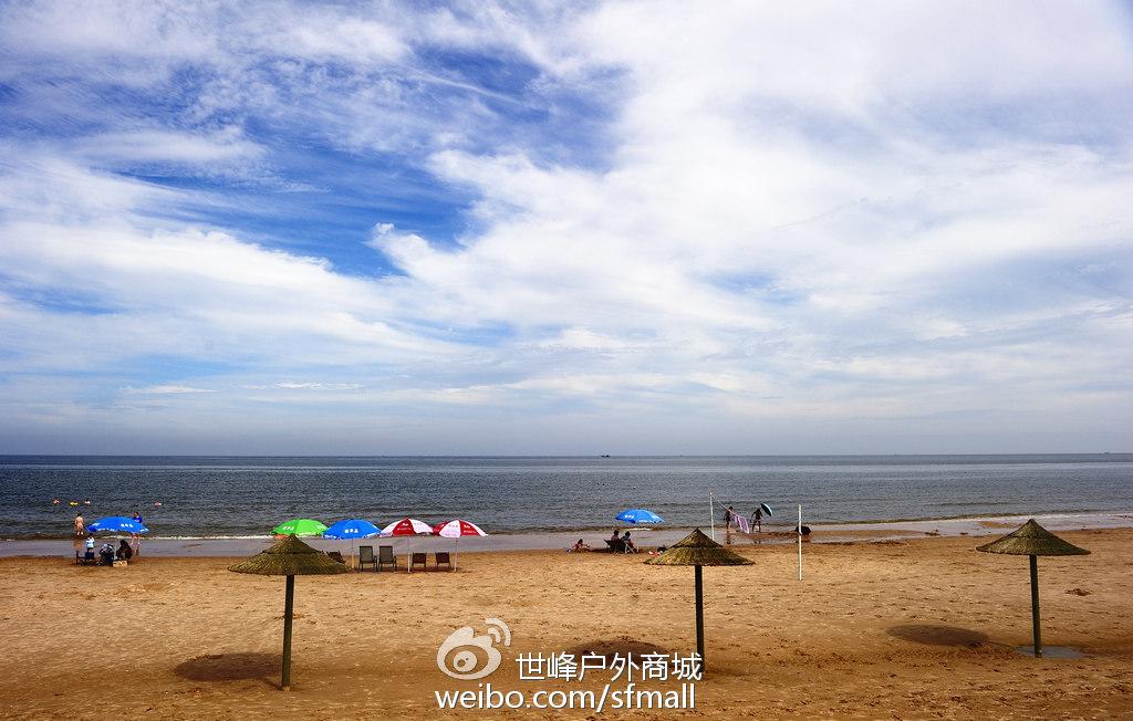 翡翠岛位于秦皇岛昌黎,虽说10月份不是翡翠岛的最佳旅游时间,但是