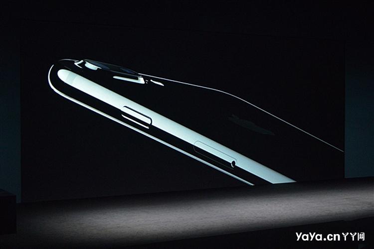 iphone7五种颜色齐亮相 钢琴黑纯黑惹眼