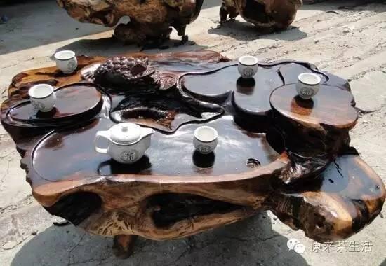 茶几很多种,根雕艺术更天成