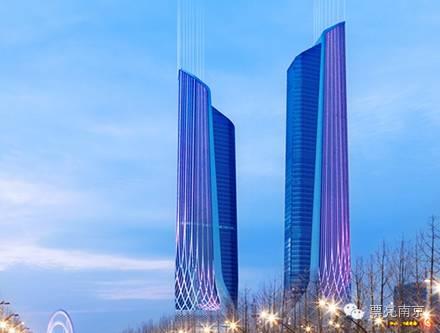 青奥中心双塔楼    著名解构主义设计大师扎哈&