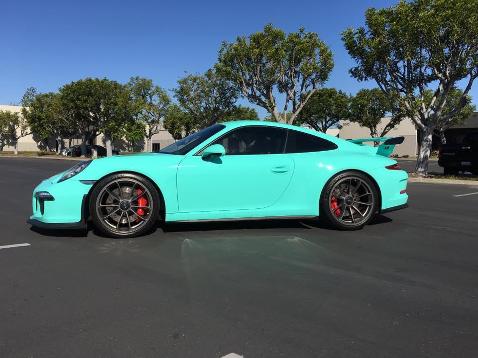 蒂芙尼蓝色保时捷911 gt3