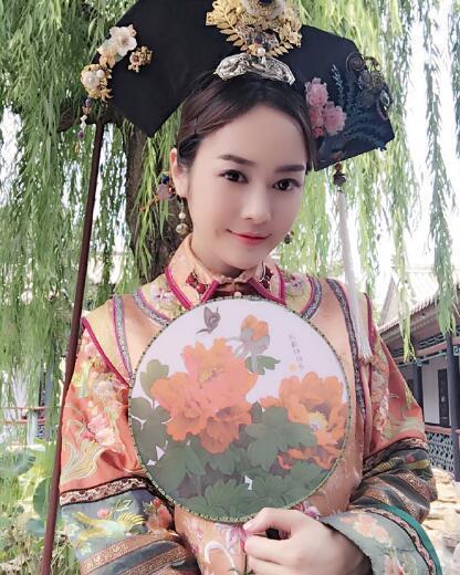 《巴啦啦小魔仙》黑魔仙小月新剧演贵妃娘娘图片