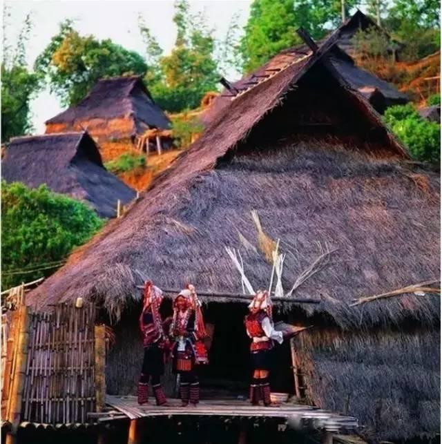 我只在乎你吉他谱男版-西双版纳在云南省的南部,面积约2万平方公里,聚居着10多个民族,