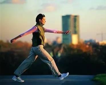 每天走多少才是最健康的步数?这个分析很透彻~ - 思想家 - 教育科研博客