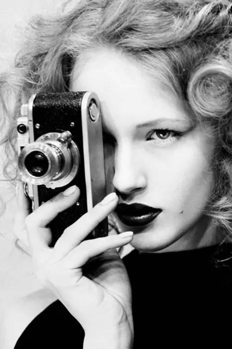 拿相机的人,你怎么那么美,那么帅,那么可爱,那么辛苦.