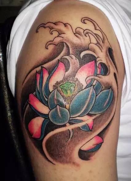 关于莲花 纹身