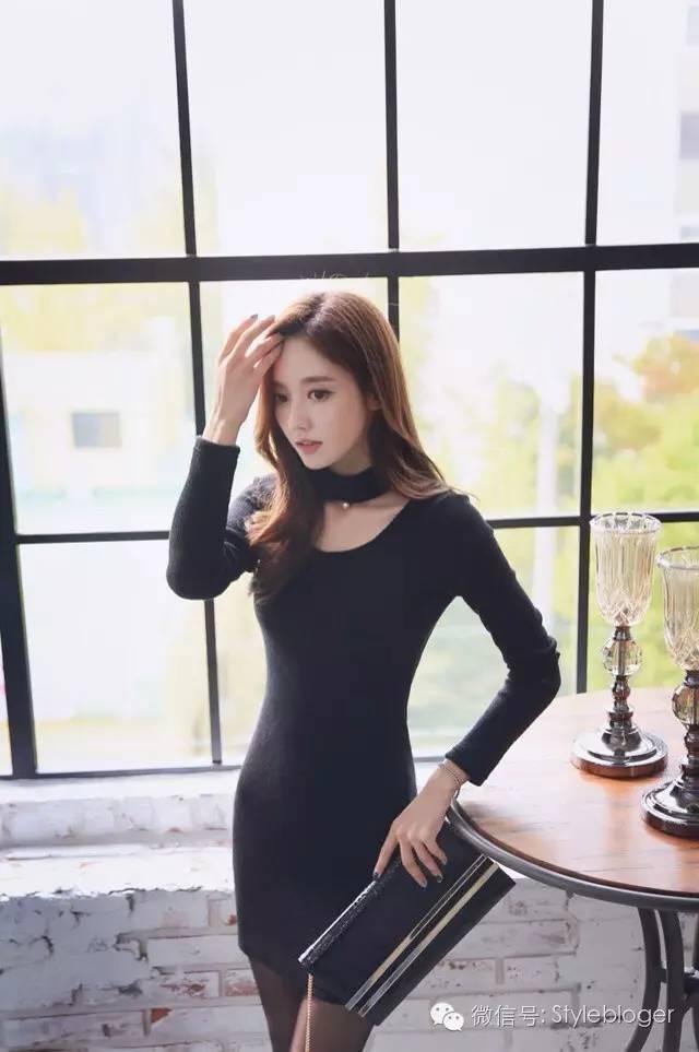 孙允珠 黑色性感连衣裙图片