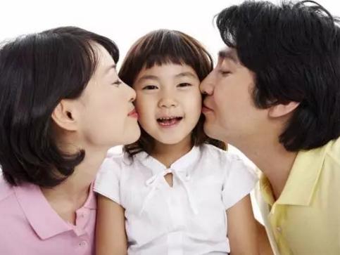杨澜:千万别做一个爱抱怨的妈妈