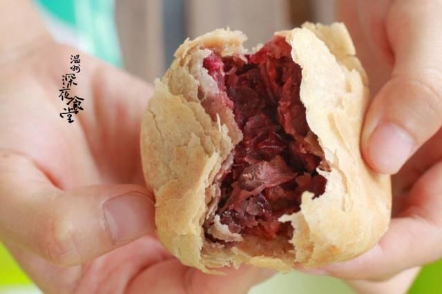 纯手工制作鲜花饼,片片花瓣满口香!