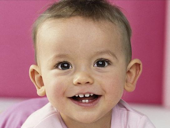 搜狐母婴采访李南平:为宝宝一生牙齿健康打好基础
