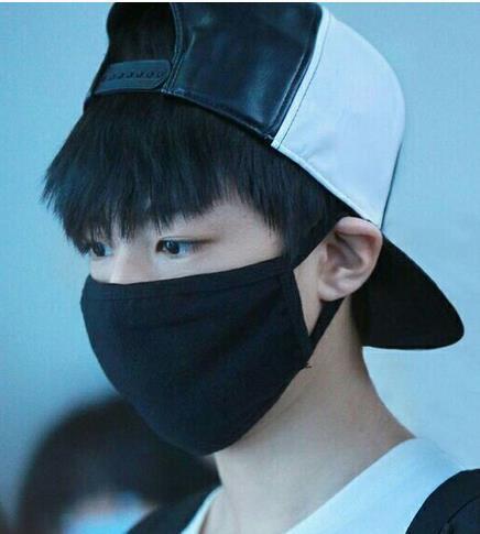 戴帽子最好看的男明星,易烊千玺最帅,鹿晗超可爱