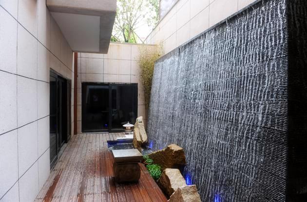 私家庭院景观设计中地形高差的处理方法