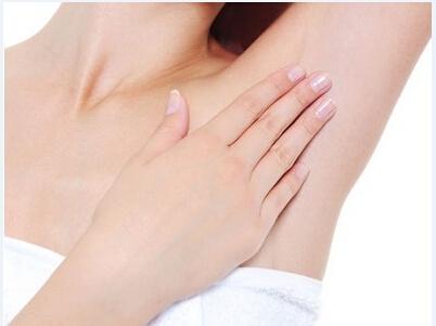 正常腋窝-腋窝健康有多重要 蚕丝腋下贴让妇科疾病远离女性