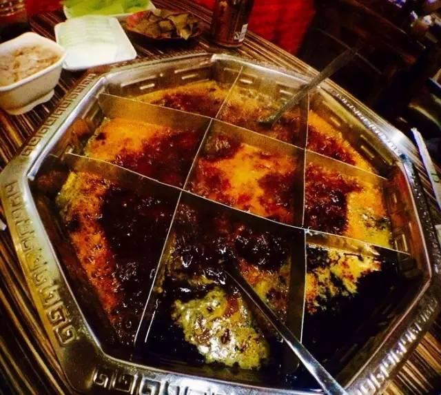 湿身!在武汉的这些餐厅脱掉衣服才能好好吃顿饭!