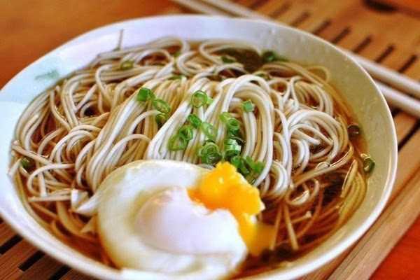 米饭和面条哪一个更好?清点十大养胃食物