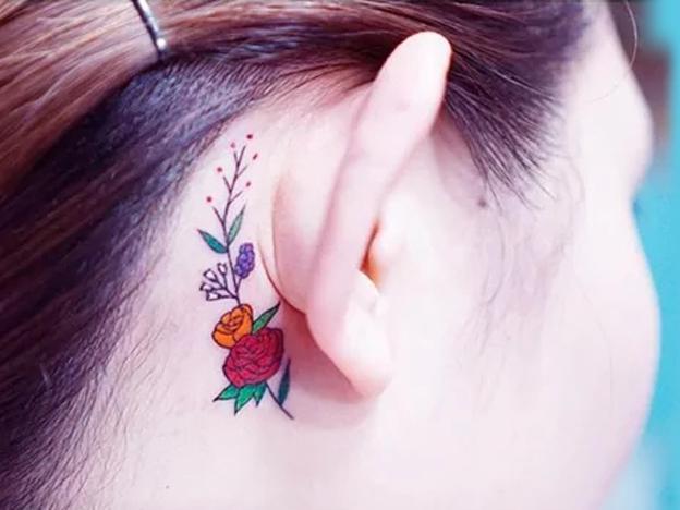 纹身师 | 适合女生耳朵纹身,耳后纹身