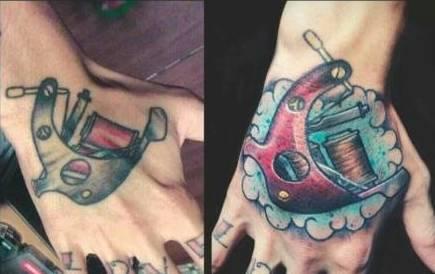 手背:刺青