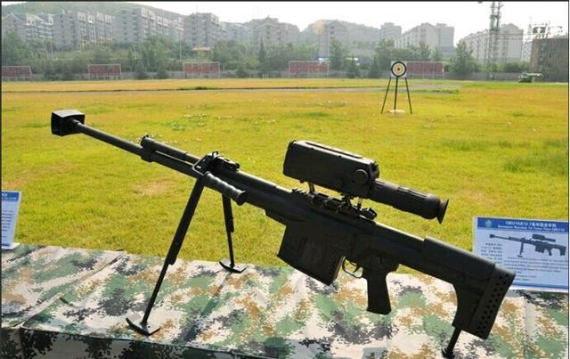 �7��|�N<�^}�M_大量装备部队,这就是:10式12.7毫米大口径狙击步枪.