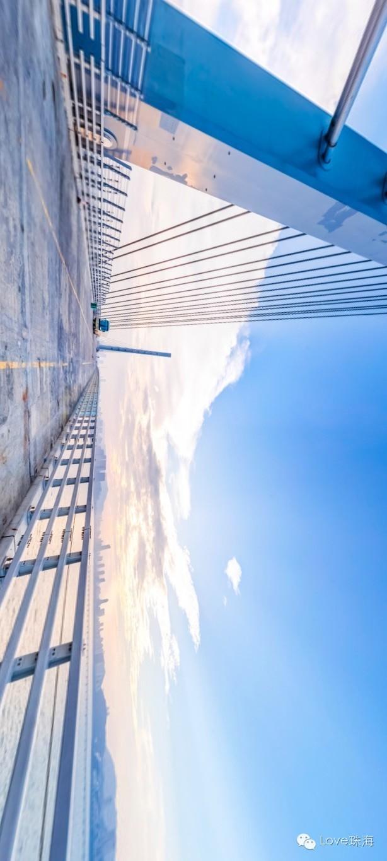 港珠澳大桥今日主体贯通,精美全景图 央视震撼航拍抢先看