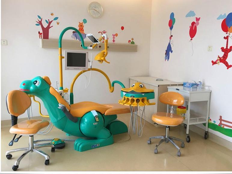 """""""恐龙君""""亮相和美口腔科宝宝诊室!开启为娃服务"""
