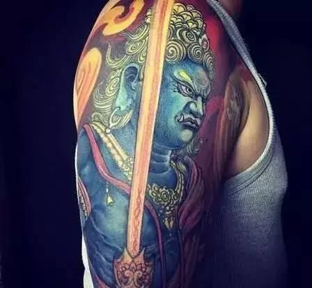 纹身素材:不动明王图片