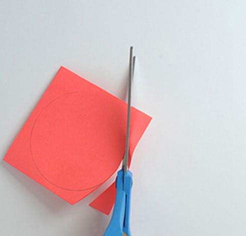 幼儿彩纸灯笼做法步骤