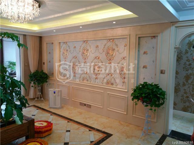 客厅电视背景墙:尚佰白配色的电视背景墙搭配一体成型的弧形垭口,天圆图片