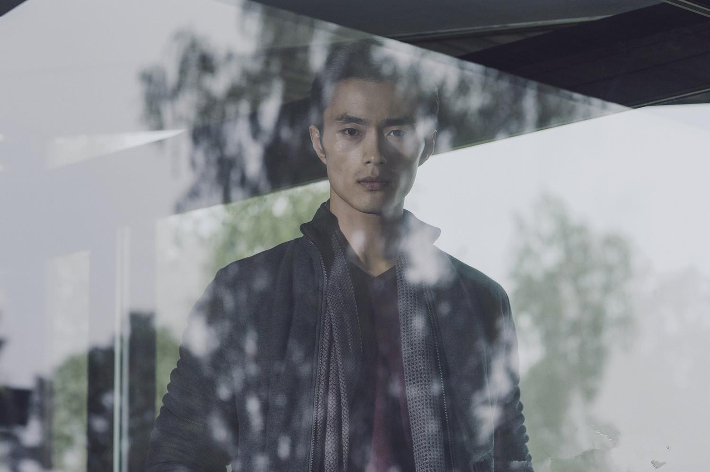 <<<<北京新面孔模特学校官方微信(newfacebj)   赵磊,毕业于北京新面孔模特学校的亚洲顶级男模,极具东方特色的面孔,备受各大牌的亲睐.